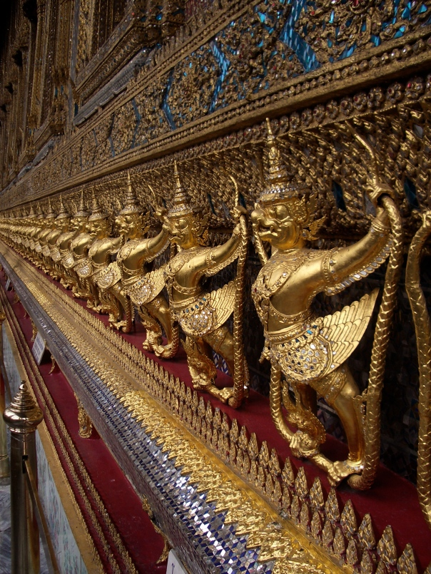 Temples - Thailand's Touristic Triumph & Testament To Theology